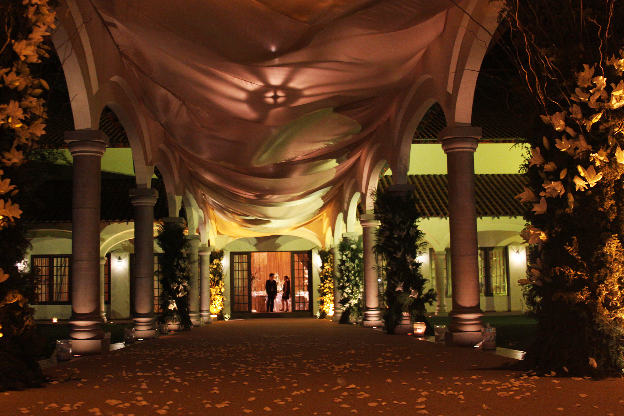 Hacienda del conde bodaensanmiguel for Salon de leon