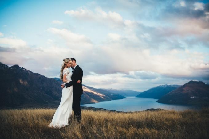Wedding Broker Jim-Pollard-goes-click-2