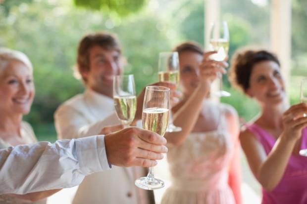 Wedding Broker hi tek agos emaze
