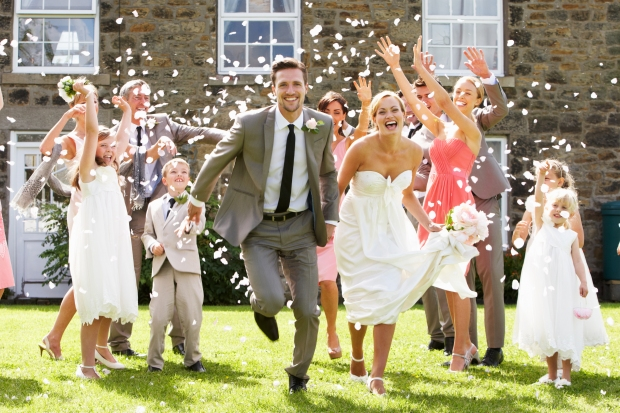 WeddingBrokerInvitados.jpg