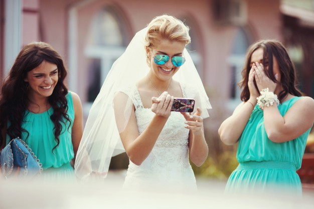 people-mint-feelings-wedding-marriage_1304-976