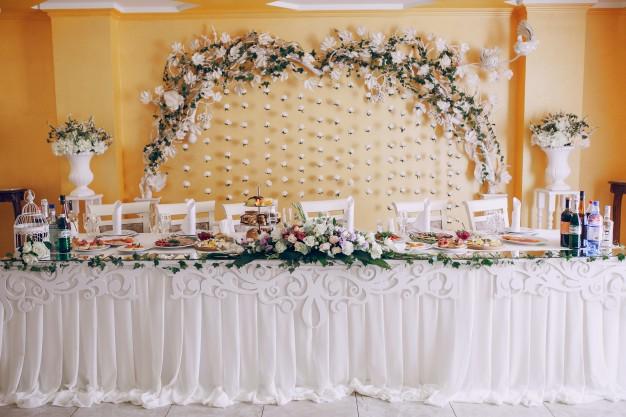 wedding-banquet_1157-769