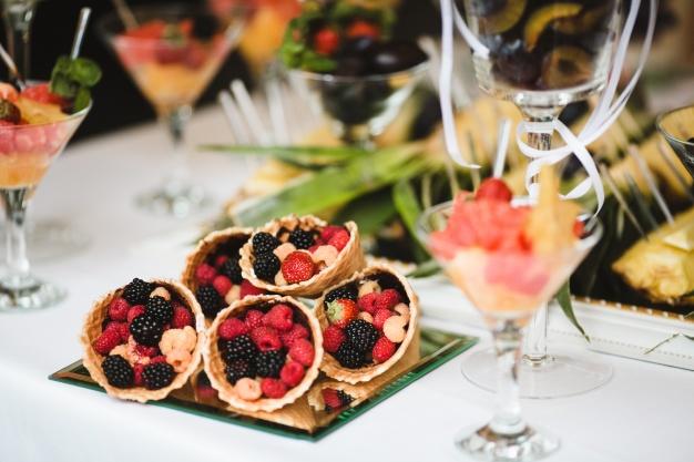 fruit-tarts_1304-370